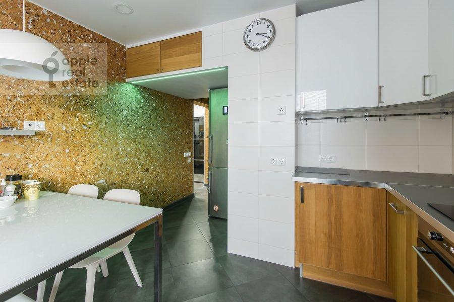 Kitchen of the 3-room apartment at Sergiya Radonezhskogo 12k1