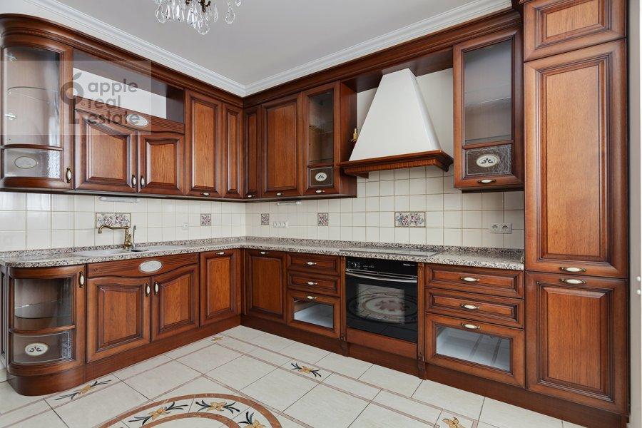 Кухня в 5-комнатной квартире по адресу Рублевское шоссе 11к2