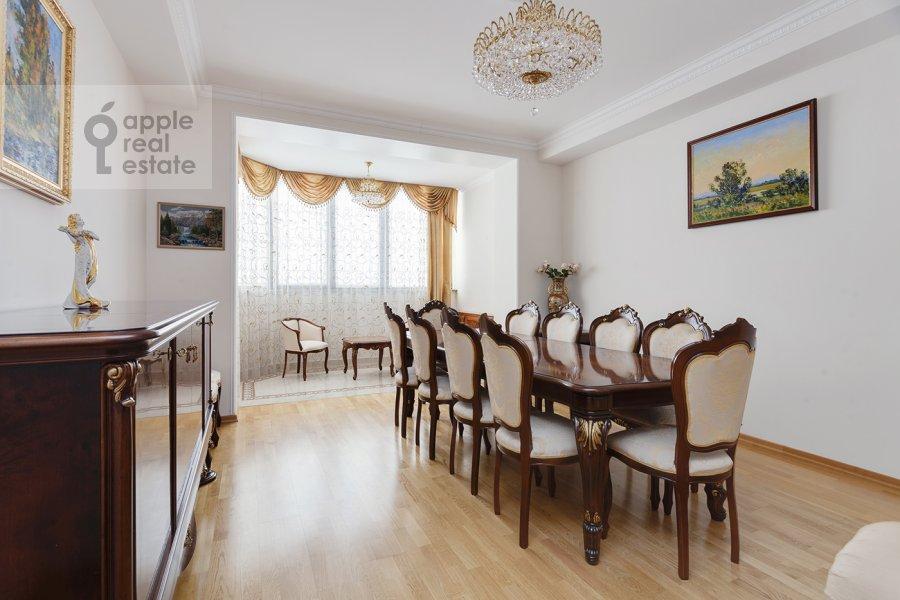 Гостиная в 5-комнатной квартире по адресу Рублевское шоссе 11к2
