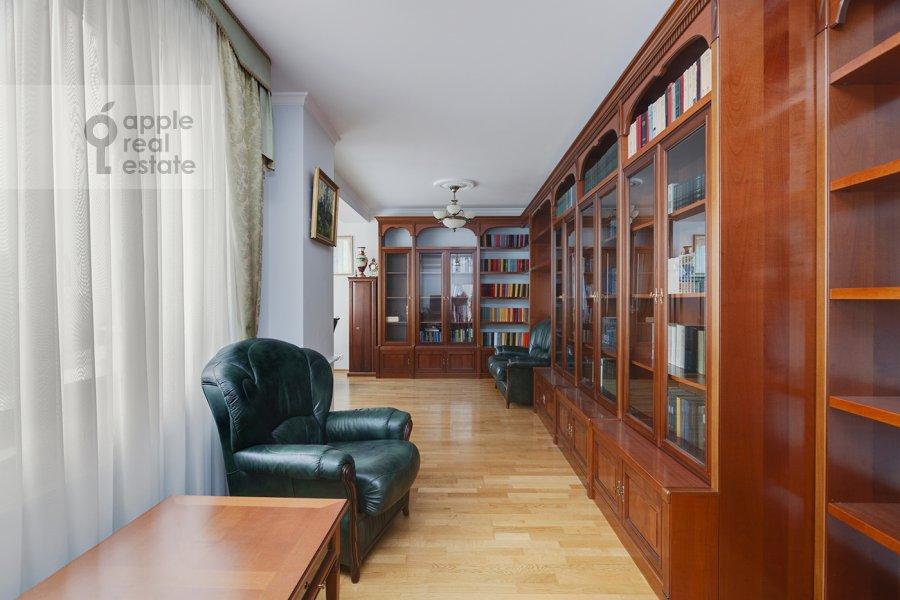 Детская комната / Кабинет в 5-комнатной квартире по адресу Рублевское шоссе 11к2