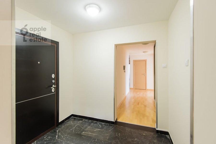Коридор в 6-комнатной квартире по адресу Последний переулок 21