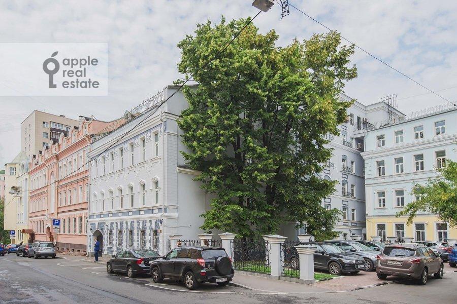 Фото дома 6-комнатной квартиры по адресу Последний переулок 21