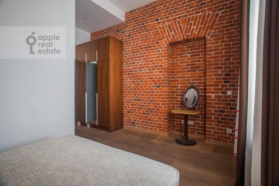 Bedroom of the 2-room apartment at Myasnitskaya ulitsa 24/7s3