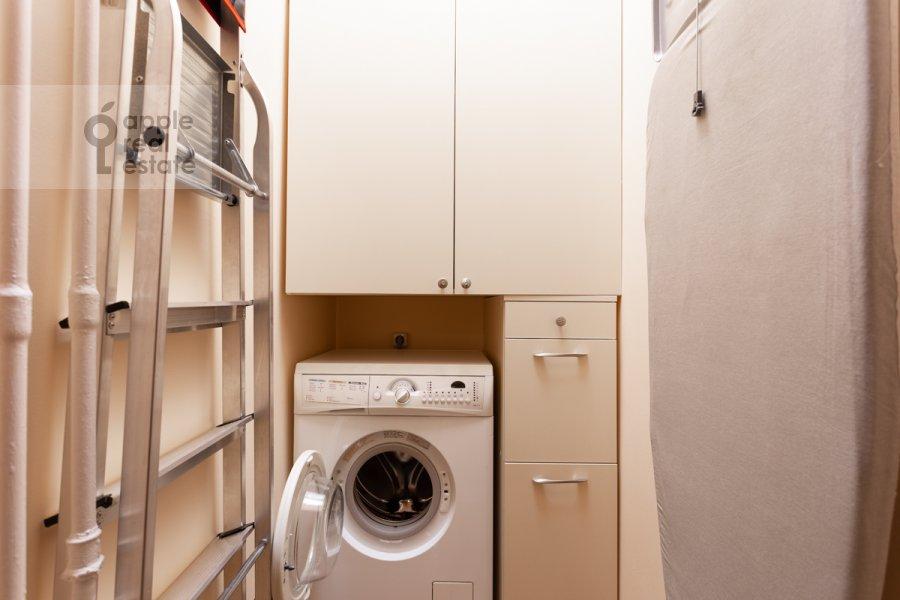 Walk-in closet / Laundry room / Storage room of the 3-room apartment at Staroslobodskaya ulitsa 3