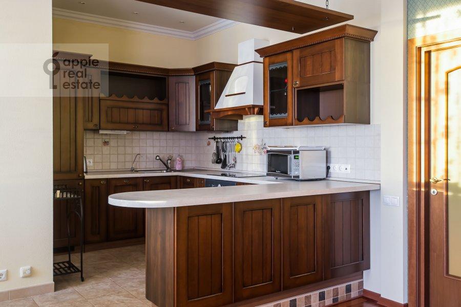 Kitchen of the 3-room apartment at Koshtoyantsa 20K2