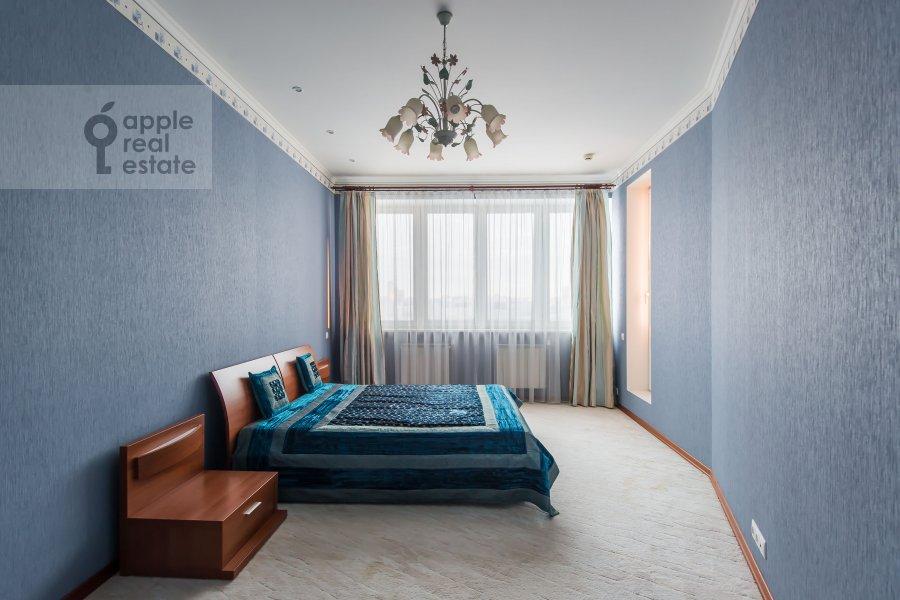 Bedroom of the 3-room apartment at Koshtoyantsa 20K2