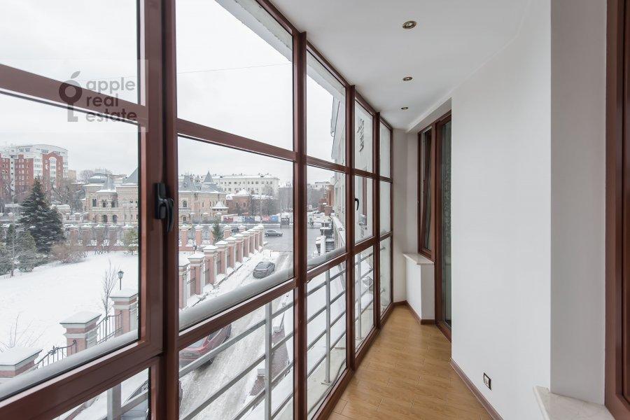 Balcony / Terrace / Loggia of the 3-room apartment at Bol'shaya Yakimanka 50