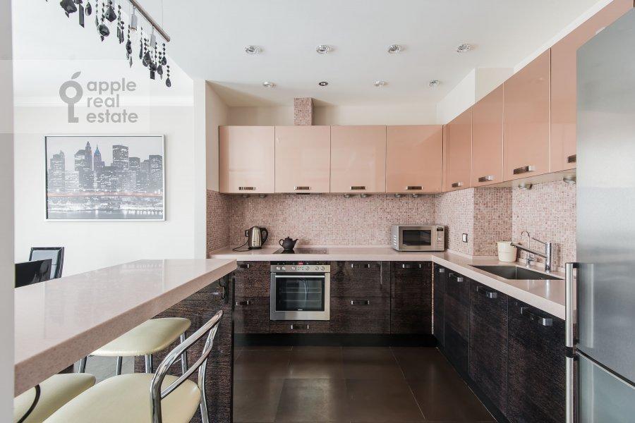 Kitchen of the 3-room apartment at Bol'shaya Yakimanka 50