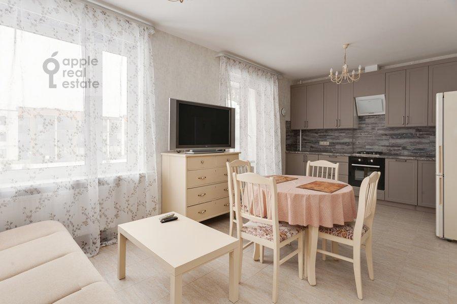 Кухня в 3-комнатной квартире по адресу Конюхова 9