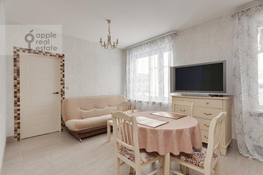 Гостиная в 3-комнатной квартире по адресу Конюхова 9