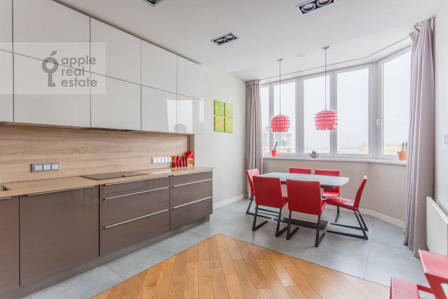 Кухня в 4-комнатной квартире по адресу Ярцевская улица 32