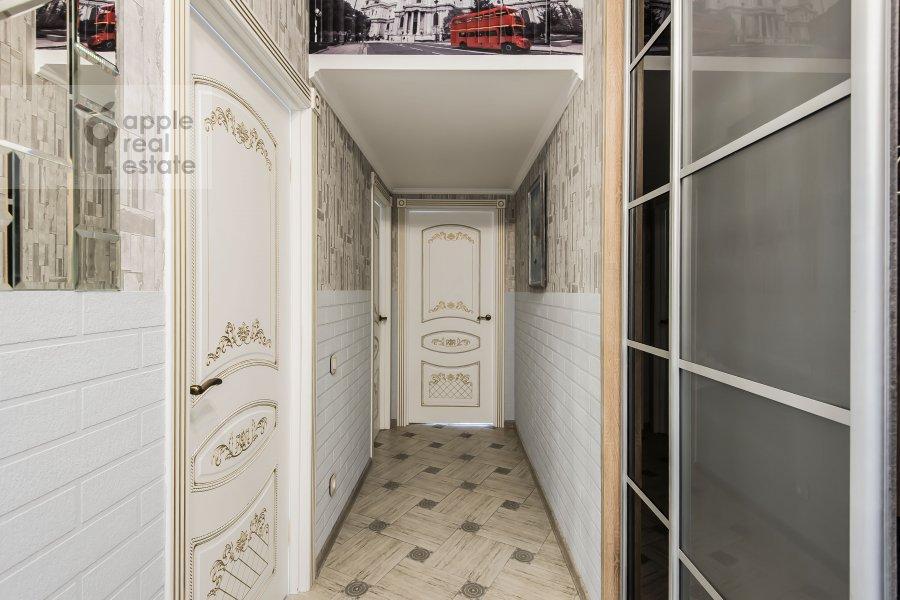 Corridor of the 3-room apartment at Avtozavodskaya ulitsa 23Bk2