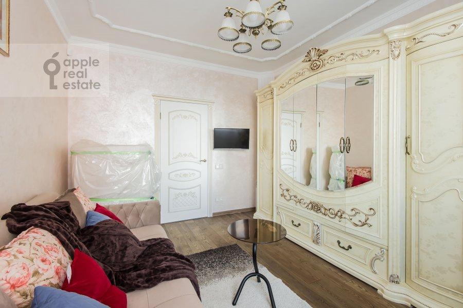 Living room of the 3-room apartment at Avtozavodskaya ulitsa 23Bk2