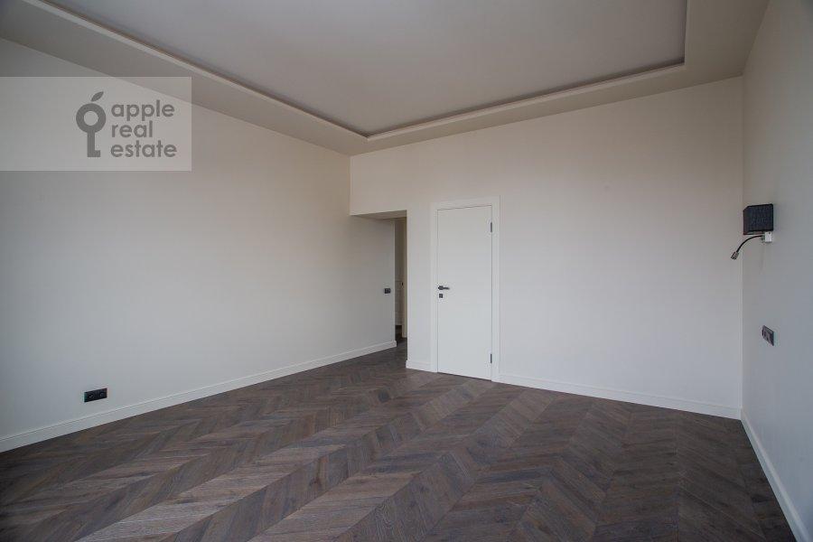 Спальня в 4-комнатной квартире по адресу Спиридоновка 18