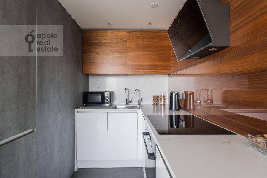 Kitchen of the 2-room apartment at Novyy Arbat ul 15