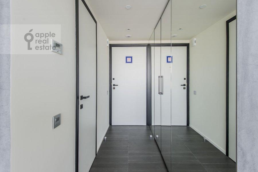 2-room apartment at Novyy Arbat ul 15