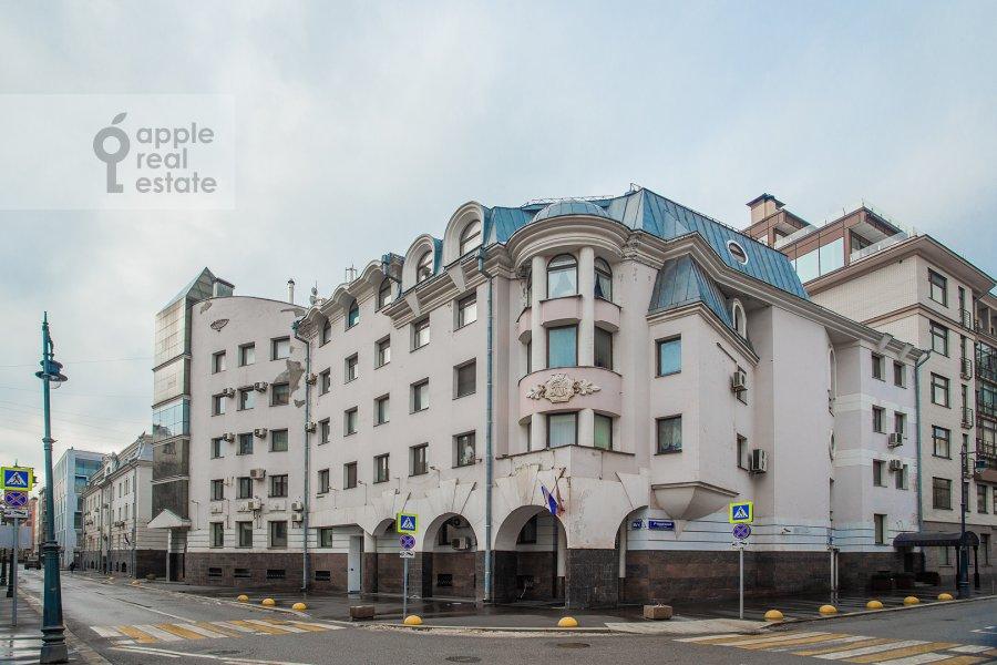 Фото дома 4-комнатной квартиры по адресу Курсовой переулок 6/1