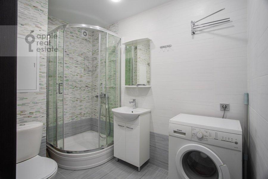 Bathroom of the 2-room apartment at Akademika Pavlova 21k1
