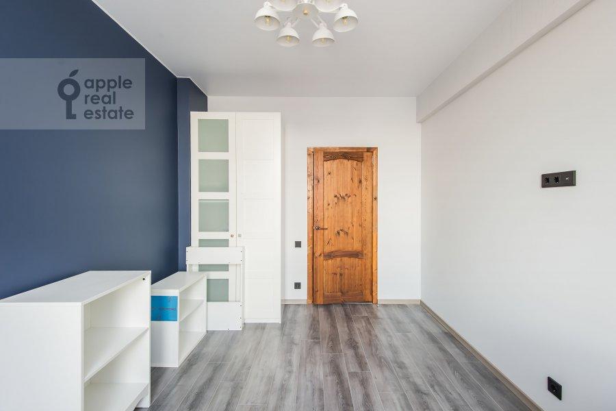 Детская комната / Кабинет в 3-комнатной квартире по адресу Автозаводская ул 5
