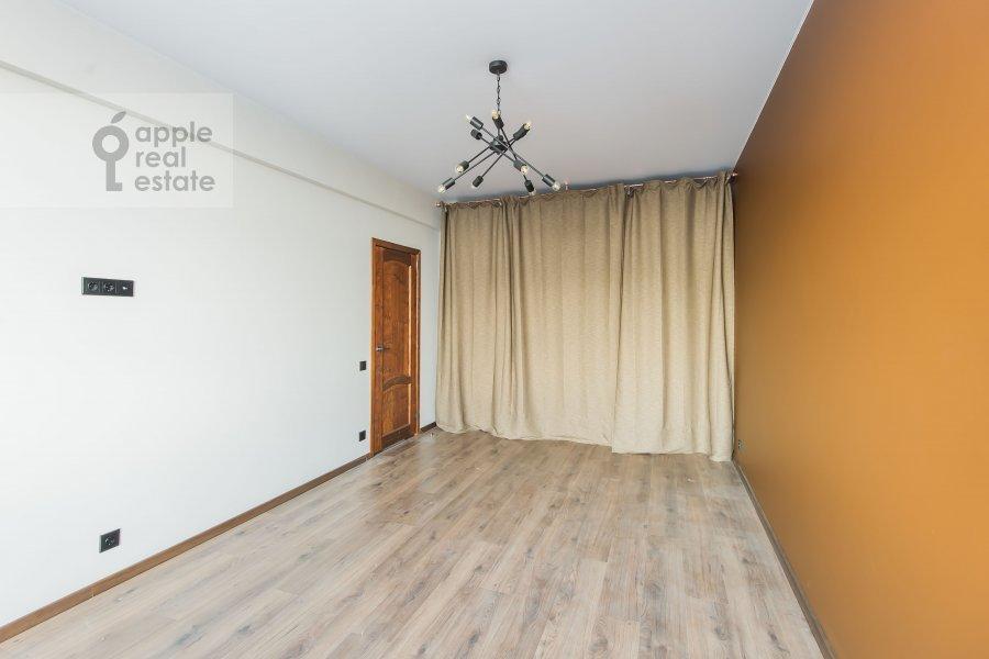Спальня в 3-комнатной квартире по адресу Автозаводская ул 5