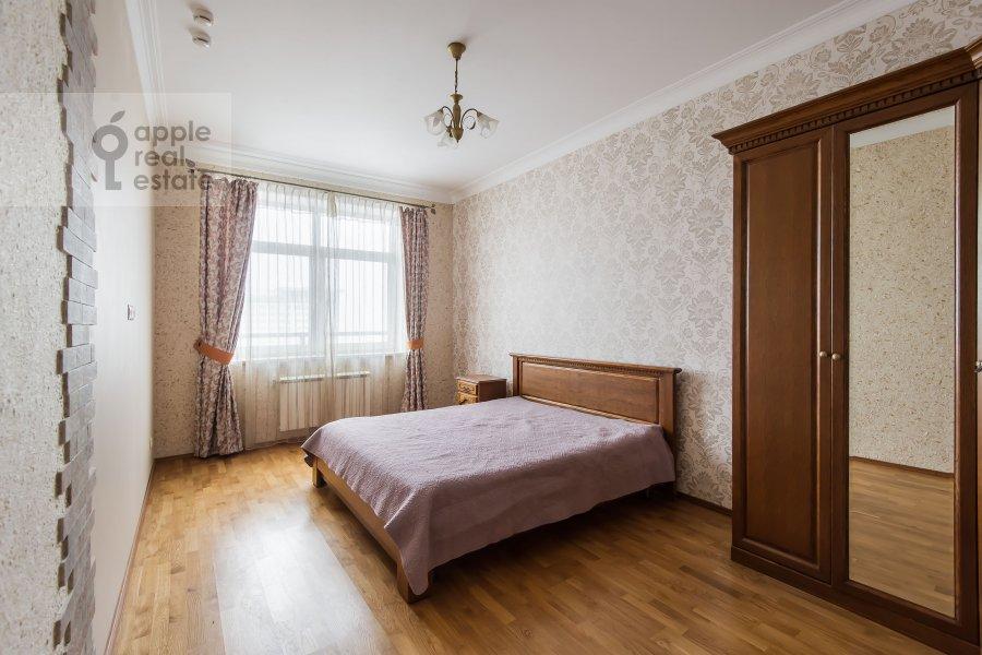 Bedroom of the 2-room apartment at Aviatsionnaya ulitsa 77k2