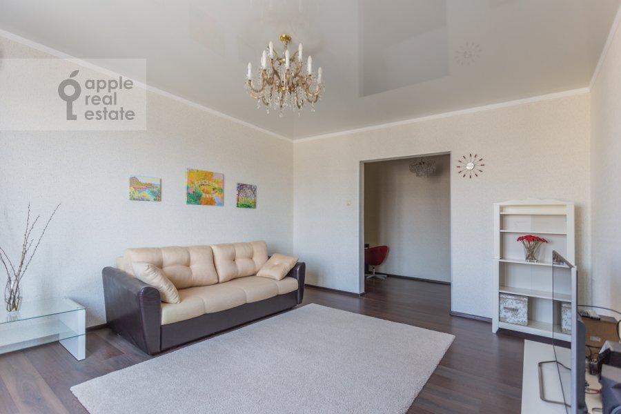 Living room of the 2-room apartment at Lesnaya ulitsa 4s1