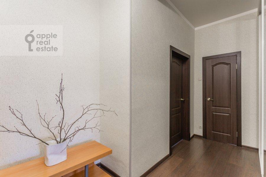 Коридор в 2-комнатной квартире по адресу Лесная улица 4с1