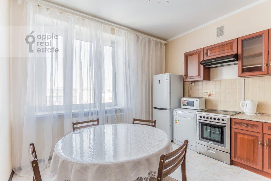 Кухня в 2-комнатной квартире по адресу Лесная улица 4с1