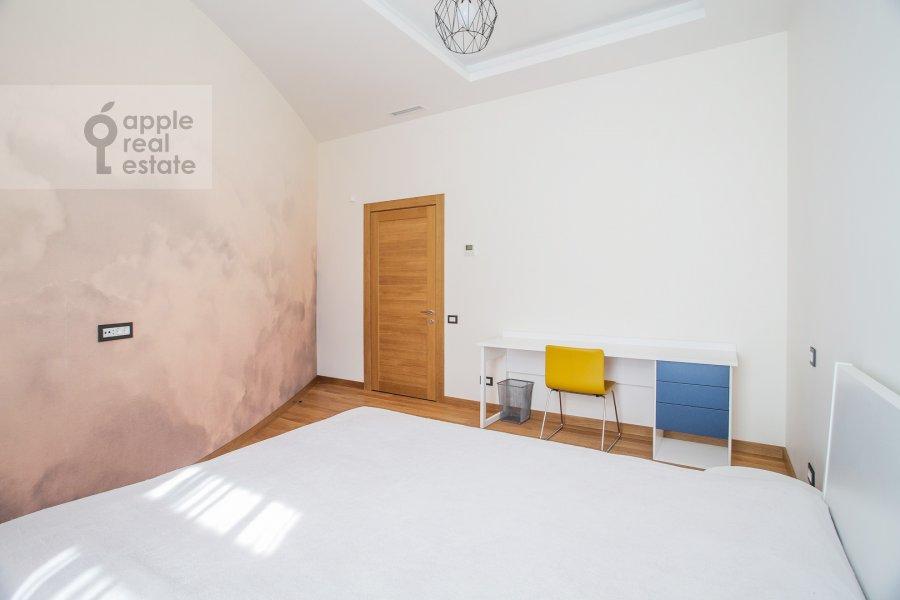 Bedroom of the 4-room apartment at Sretenka 26/1