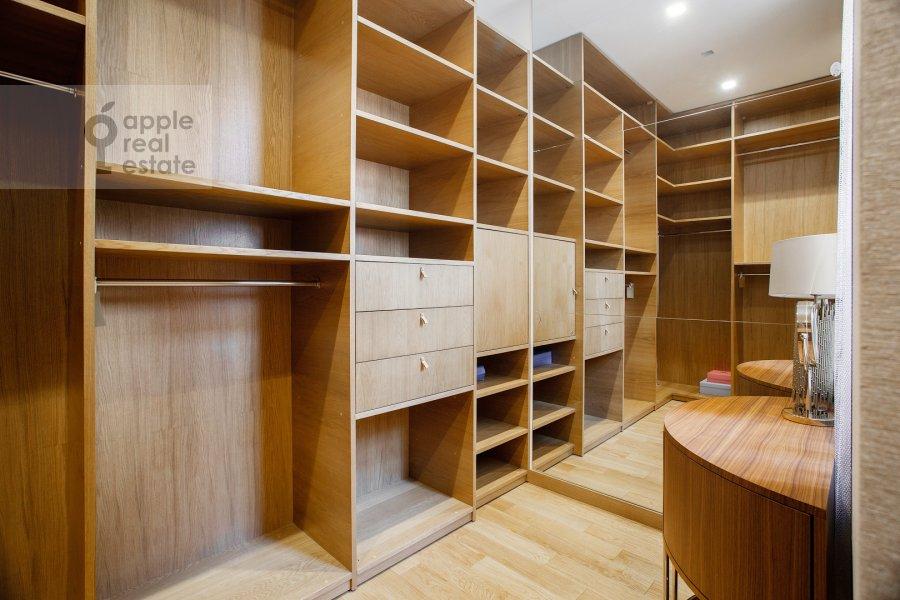 Walk-in closet / Laundry room / Storage room of the 4-room apartment at Sretenka 26/1