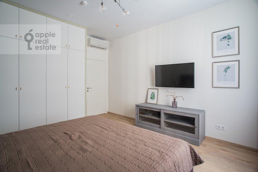 Спальня в 3-комнатной квартире по адресу Докучаев переулок 2с3