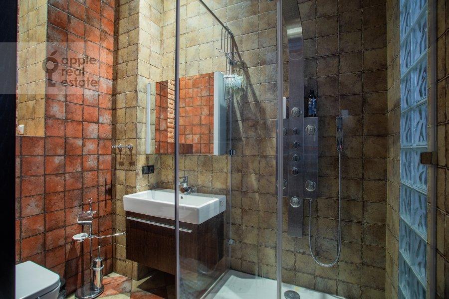 Bathroom of the 3-room apartment at Varshavskoe shosse 9s28