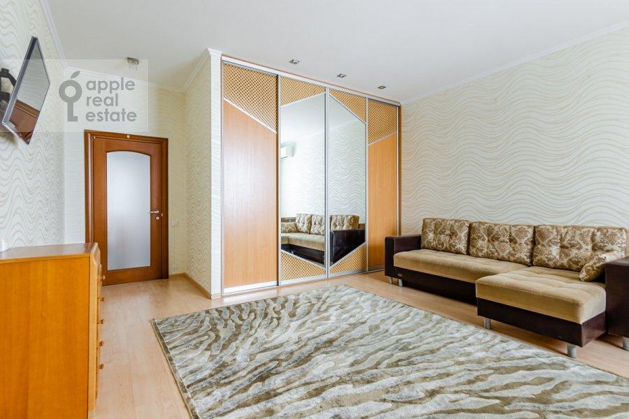 Children's room / Cabinet of the 3-room apartment at Osennyaya ulitsa 25K1