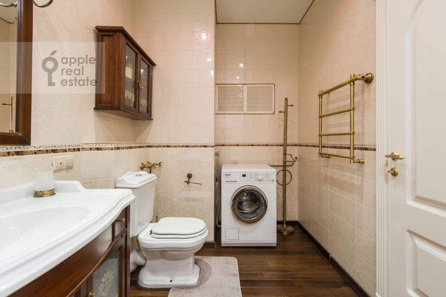 Bathroom of the 2-room apartment at Marshala Sokolovskogo 5