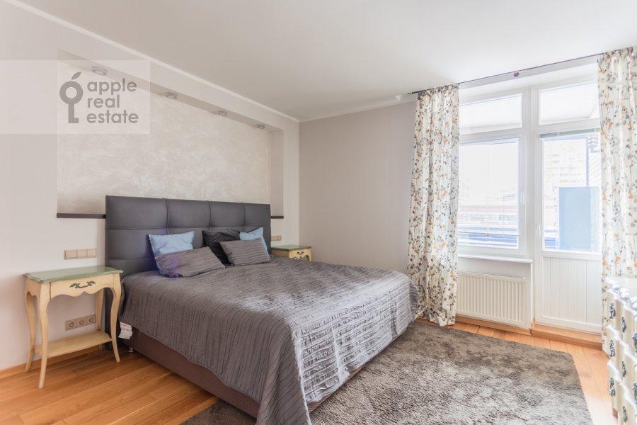 Bedroom of the 4-room apartment at Leninskiy prospekt 98K1