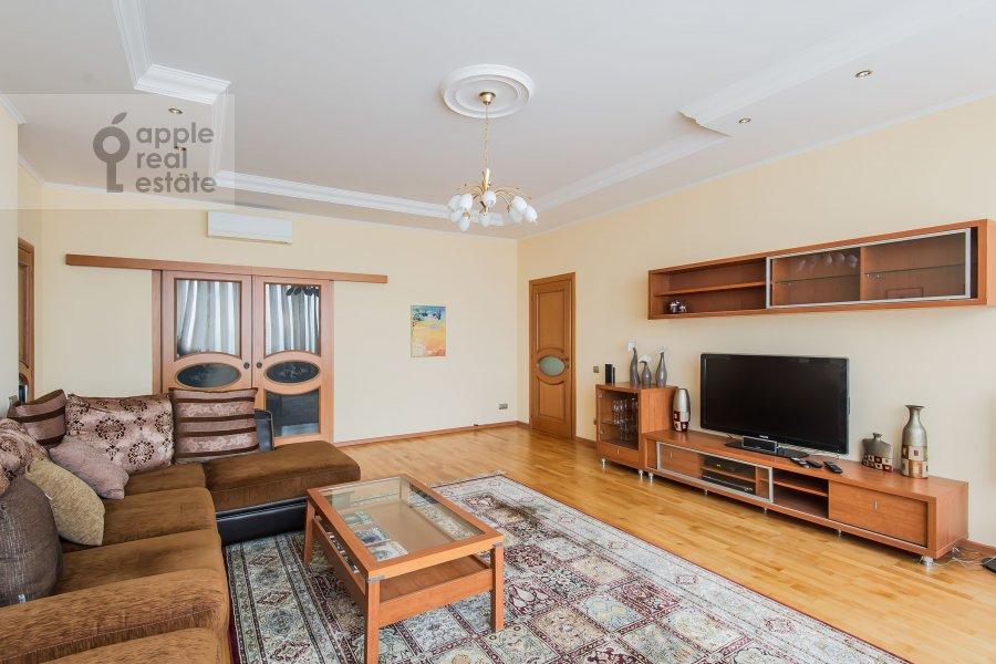 Гостиная в 3-комнатной квартире по адресу Ленинский проспект 92к1