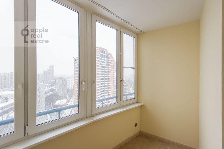 Балкон / Терраса / Лоджия в 3-комнатной квартире по адресу Ленинский проспект 92к1