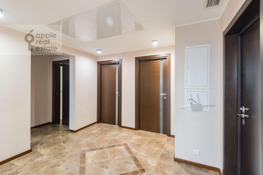 Corridor of the 4-room apartment at Ruzheynyy per., 3