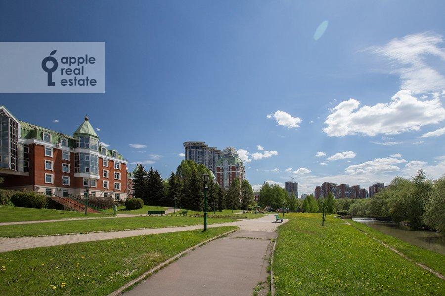 Фото дома 3-комнатной квартиры по адресу Минская улица 1А