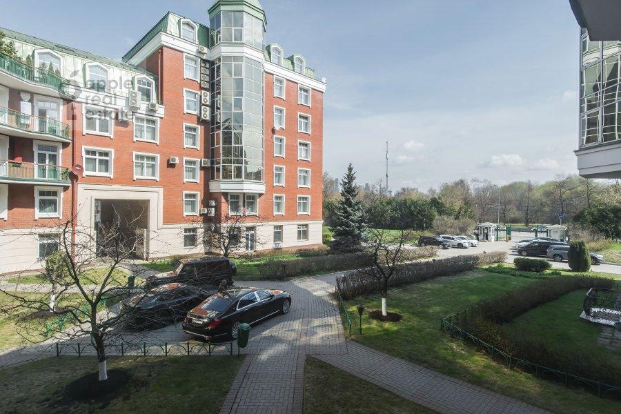 Вид из окна в 3-комнатной квартире по адресу Минская улица 1А