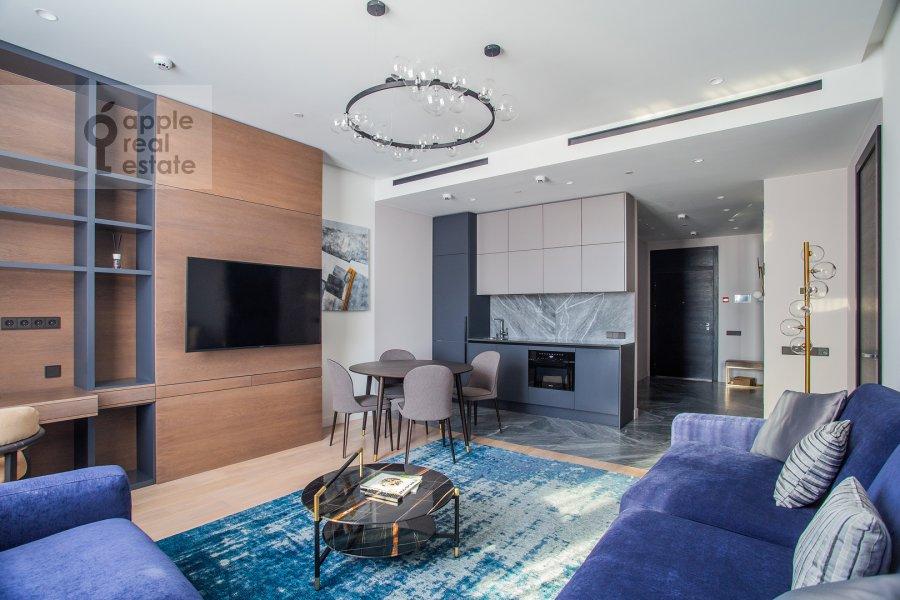Гостиная в 2-комнатной квартире по адресу Новый Арбат 32