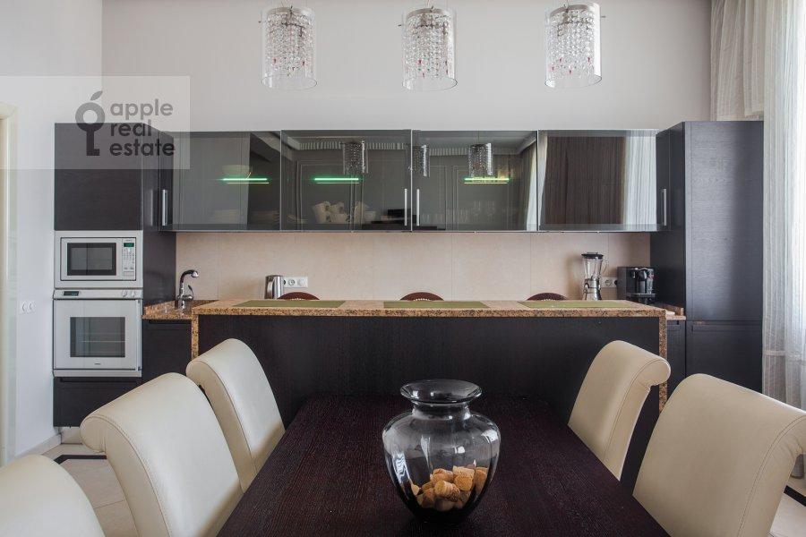 Kitchen of the 3-room apartment at Tverskaya 9