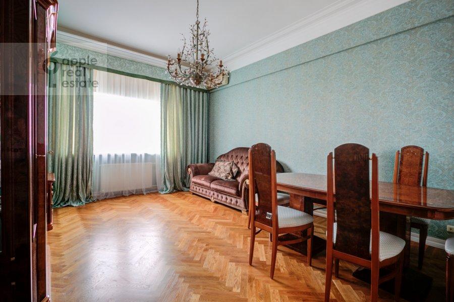 Гостиная в 2-комнатной квартире по адресу Смоленский бульвар 3-5с1а