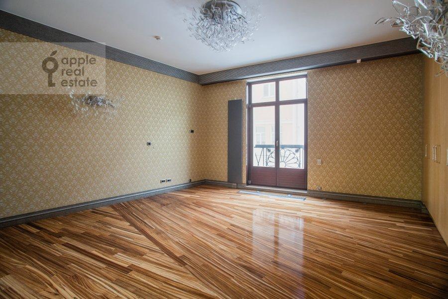 Спальня в 5-комнатной квартире по адресу Малая Бронная улица 44