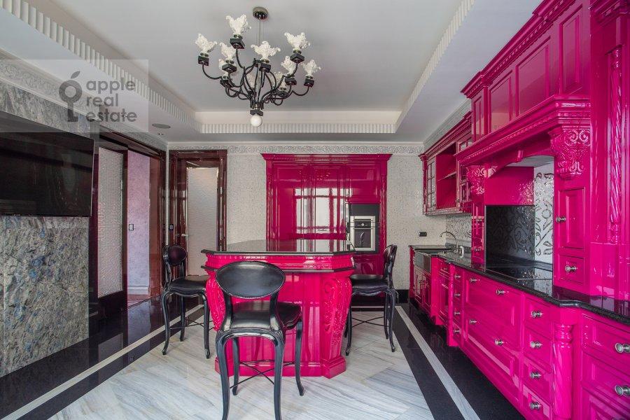 Kitchen of the 5-room apartment at Malaya Bronnaya ulitsa 44
