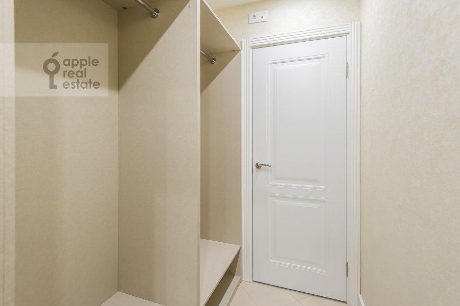 Walk-in closet / Laundry room / Storage room of the 4-room apartment at Leninskiy prospekt 95B