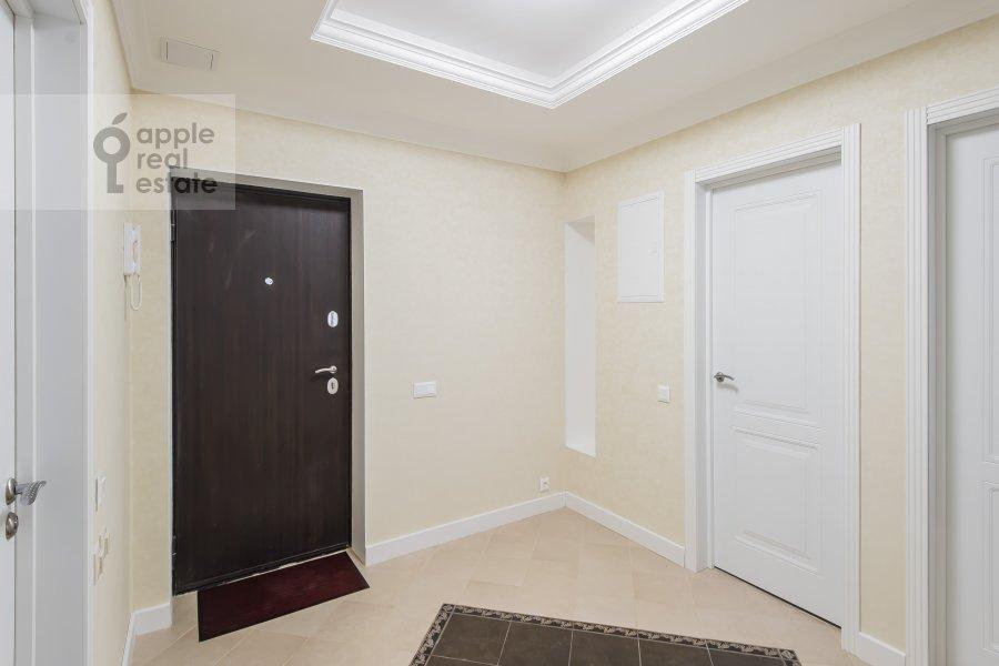 Corridor of the 4-room apartment at Leninskiy prospekt 95B