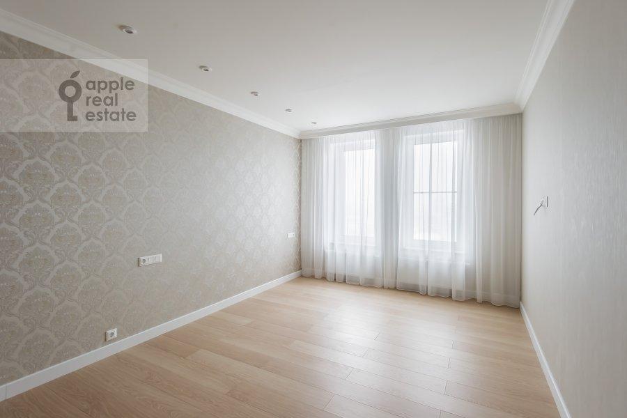 Bedroom of the 4-room apartment at Leninskiy prospekt 95B