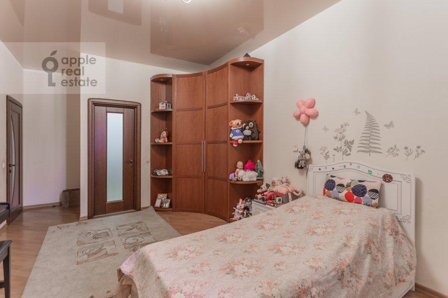 Детская комната / Кабинет в 4-комнатной квартире по адресу Береговая улица 6