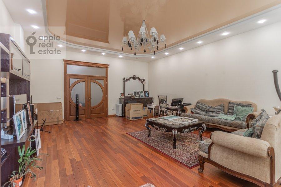 Гостиная в 4-комнатной квартире по адресу Береговая улица 6